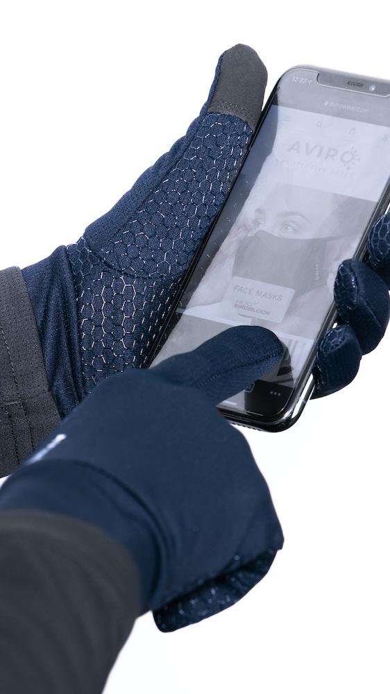 Finger_touch_gloves